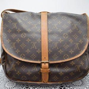 Authentic LOUIS VUITTON Saumur 35 Crossbody Bag